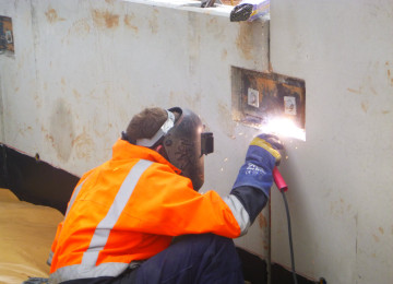 Gant and Sons Crane Hire Onsite Welding-12